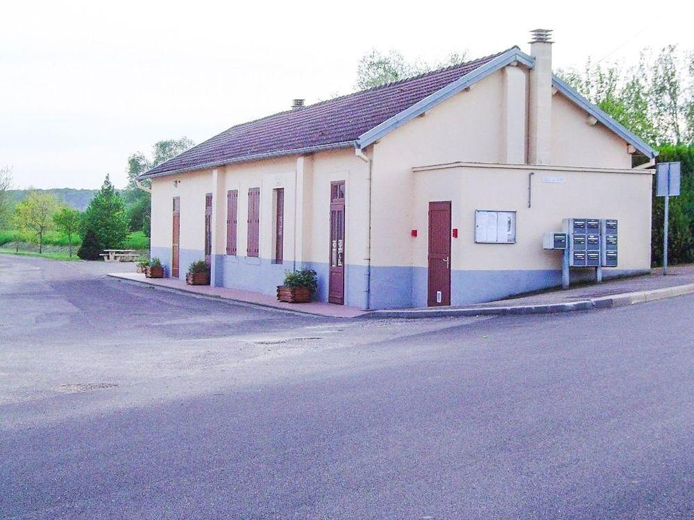 Salle-des-fetes-Mersuay